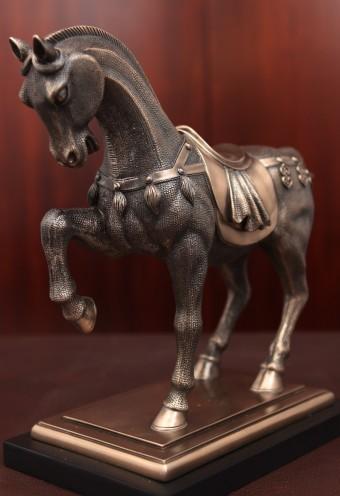 Horse3-01