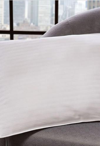 Hotel Premium Pillow-01